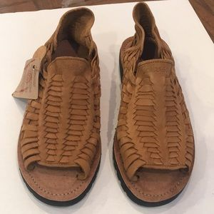 Chubasco Huaraches Aztec unisex sandals SZ10